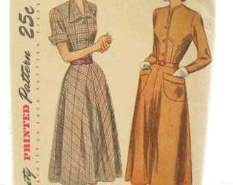 1940s Simplicity 2617 Button Front Day Dress Vintage Sewing Pattern Bust 35 Factory Folds