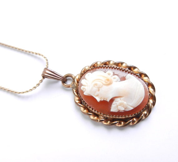 Vintage Cameo Necklace -  Gold Tone Genuine Carved Shell Costume Jewelry /  Victorian Elegance