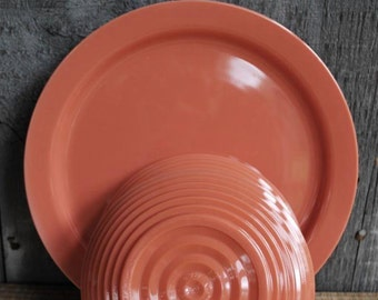vintage oicnic plates and bowls (2 place settings)