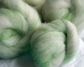 Glow in the Dark Batts for Spinning or Needlefelting - Green Lightning