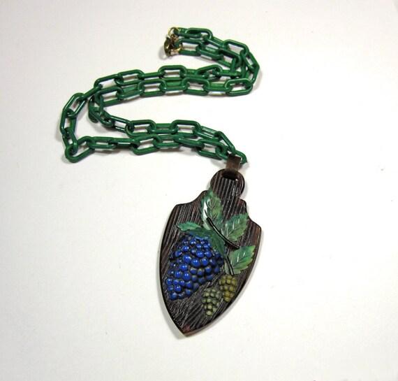 Vintage 40s Celluloid Grapes Pendant Plastic Chain Necklace
