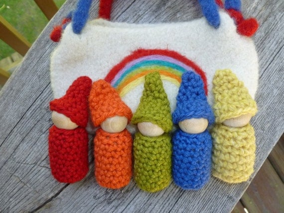 Gnomes in a pouch set rainbow