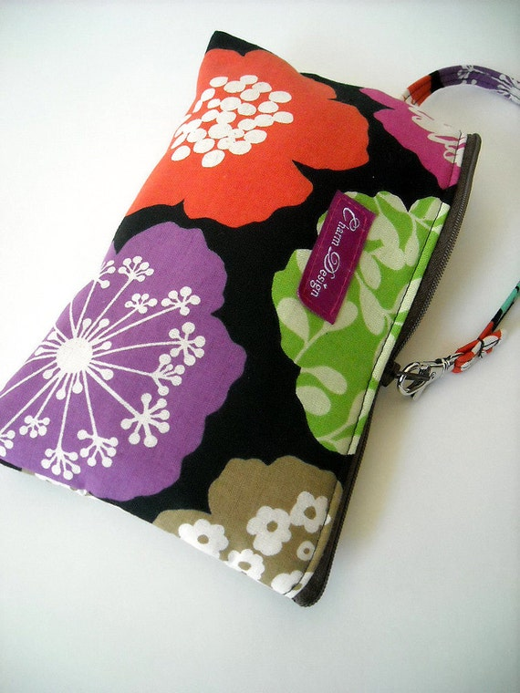 30% OFF SALE - Big Flower - Zipper Pouch with Clip