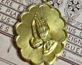 1pc SERENITY PRAYER CHARM 1960s Vintage