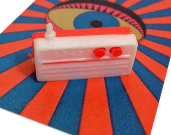 1pc TINY PLASTIC RADIO 1970s Vintage Miniature