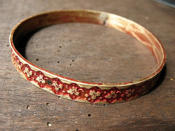 Vintage Floral Brass Bangle in Russet Red Patina with Single Hole Punch