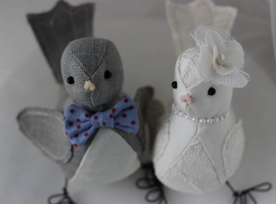 Bird Wedding cake topper - Bird Cake topper - Spring, Summer, Winter or Vintage theme style Custom Order