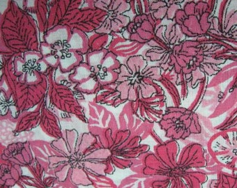 Vintage 1960s Fabric Bright Pink Small Floral Cotton 2.5 Yards