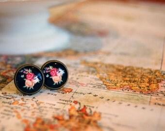 black floral vintage framed post earrings- antique brass