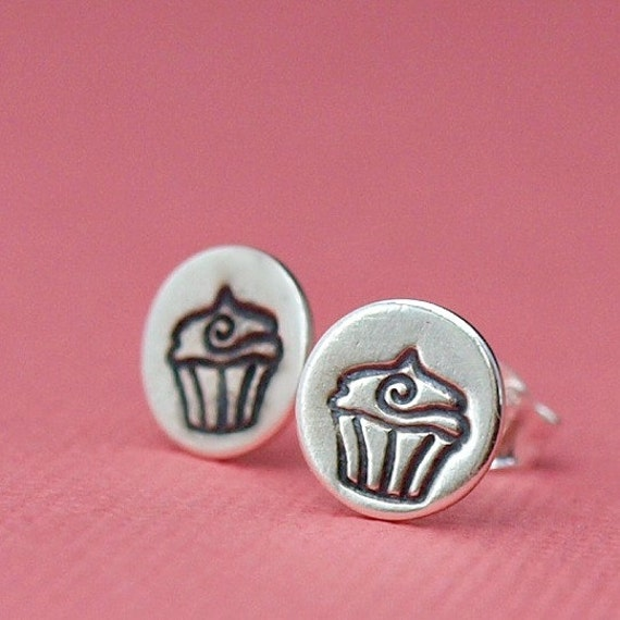Cupcake Earrings , Cupcake Jewelry , Cute Silver Earrings , Stud Earrings