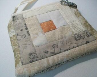 Quilted Little Case Log Cabin Quilt Block, cosmetic bag, cell phone case, zippered pouch, beige, pumpkin orange, vendor purse, money wallet