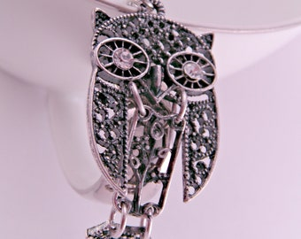 Silver Filigree Owl Necklace Vintage Look with 16 Inch Silverplated Chain