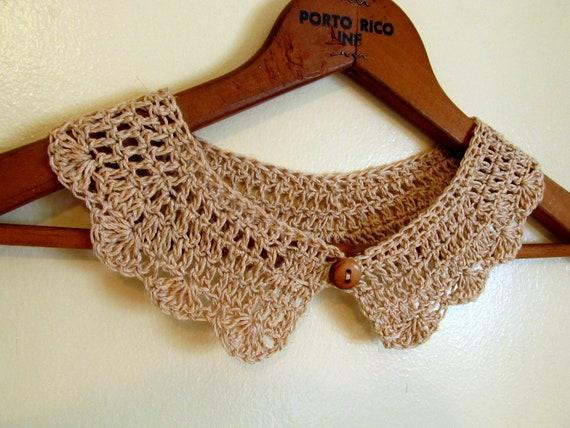 Ecru Linen Crochet Collar with Wooden Button
