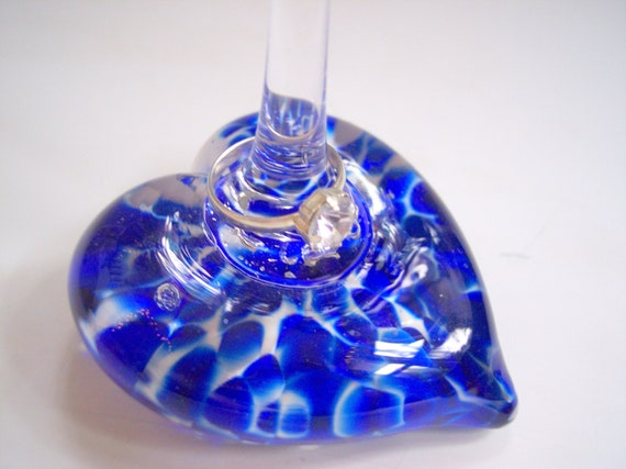 Hand Blown Studio Art Glass Heart Ring Stand by Rebecca Zhukov