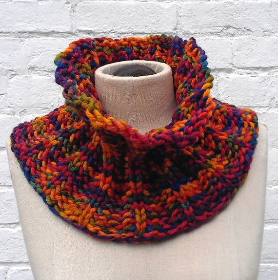 Knitted Cowl Pattern Using Bulky Yarn : Items similar to PATTERN: easy knit bulky yarn CURIOUS COWL scarf knitted kni...