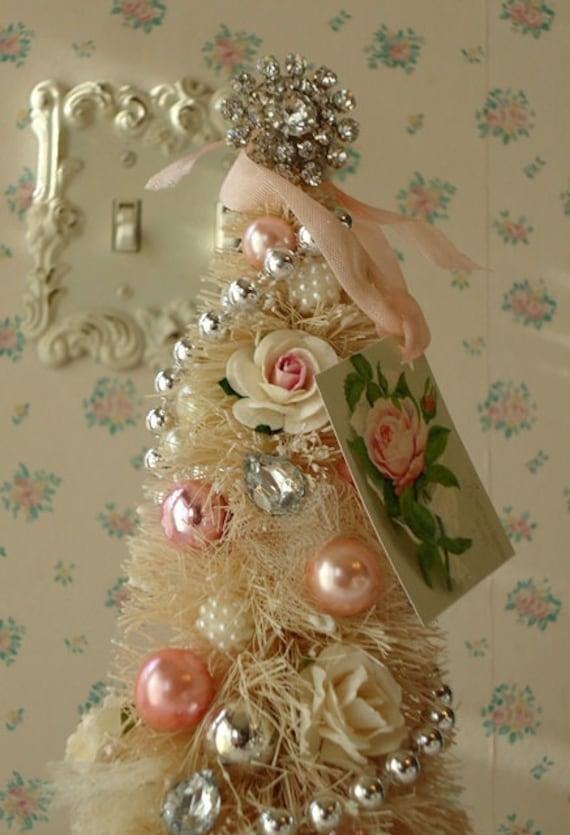 Shabby bottle brush tree pink rose tag - Navidad shabby chic ...