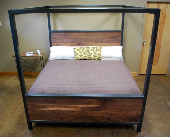 Kraftig canopy bed with walnut - Canopy bed without frame ...