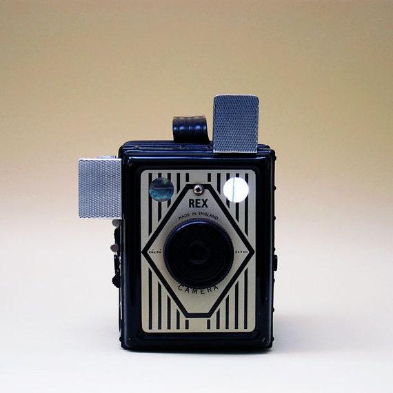 Vintage Camera  Rex Box Camera 1950 Made in England - 120 film 6x9 Format