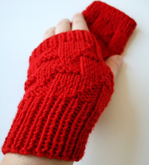 SAMPLE SALE - Women Fashion - Knit Gloves Gauntlets Mitts - Merino Wool and Silk - Red