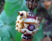 Puddle Jumping Ball Hugging Frog Hair Stick or Shawl Pin (Maroon)