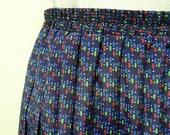 DOTS and BROKEN LINE .  1980 vintage electric pleats skirt . medium . size 10