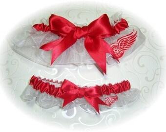 Detroit Red Wings Wedding Garter Set    Handmade   Keepsake and Toss Bridal  wrr