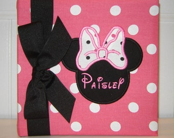 Minnie Mouse on Pink and White