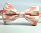 Boy's Bow Tie - Salmon Pink and Cream Houndstooth Bowtie - Children's Tie