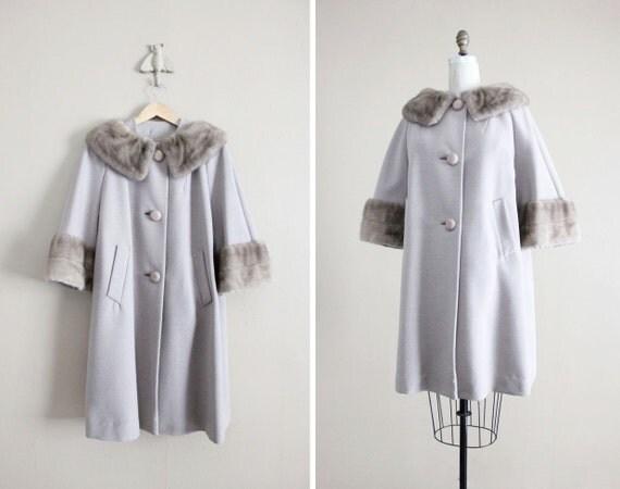 1950s coat / wool swing coat / fur collar coat