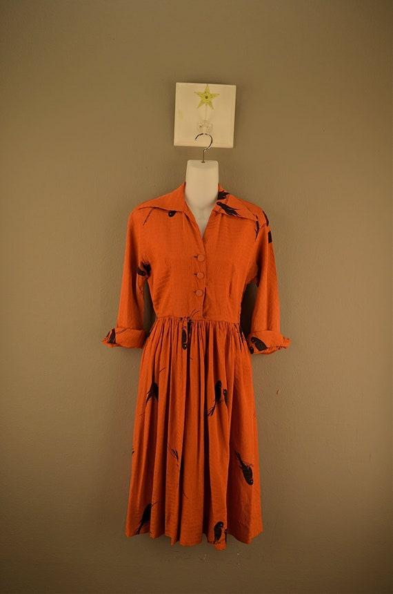 1940s rayon bird print dress size small 40s vintage terracotta shirtwaist casual day swing secretary