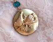 Vintage Bird Locket Necklace -  Long Brass Locket Necklace, Vintage Style Bird Jewelry. Gifts for Bird Lover -  4009