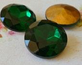 Vintage Glass Jewels - 20mm Emerald Green Round Jewel (50-17B-1)