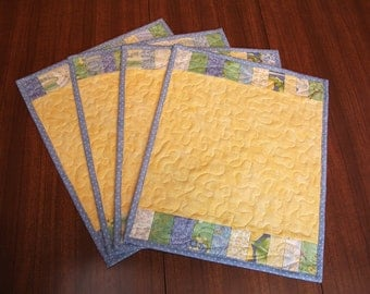 Set of 4 Blue & Yellow Floral Place Mats