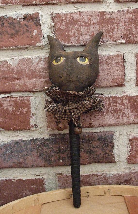 Primitive Halloween Bobbin Black Cat Shaker