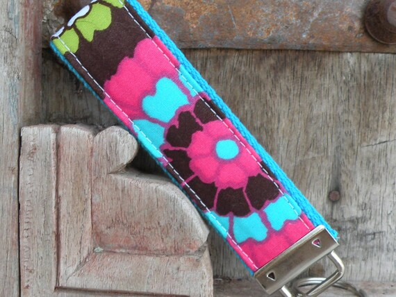 READY TO SHIP-Beautiful Key Fob/Keychain/Wristlet-Fab Floral on Turq