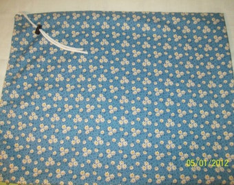 DAISY Drawstring Tote Bag Gift bag, 17x21 inches, Brand new, Reversible too