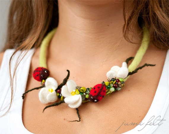 Felted necklace 'Ladybugs summer meadow'