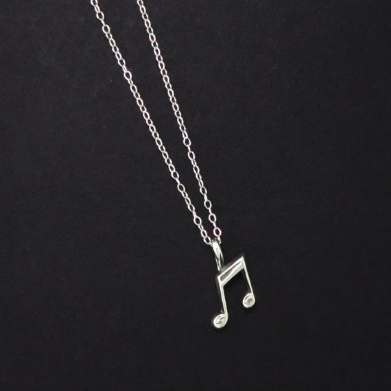 Dainty Music Note Necklace