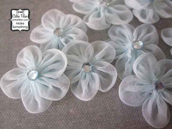 Mini Flowers - 12 daisies - Baby Blue and rhinestone - Millinery, Altered Couture, Hair Flowers, Embellishments