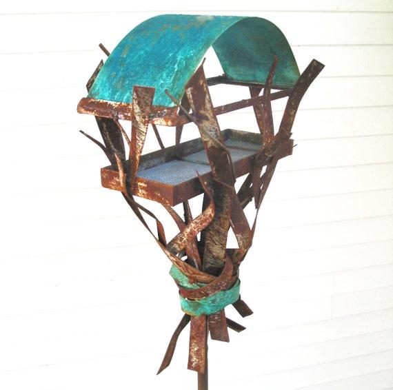 Sculptural Bird Feeder 263