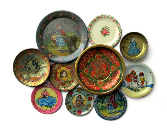 Antique TIN SAUCERS, Instant Collection of 10 Tin Toy Saucers