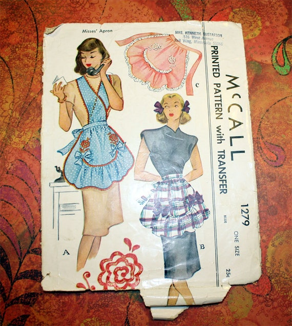 1946 McCall's Sewing Pattern 1279 - Bib and Half Apron with Transfer - One Size
