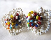 Vintage 1950s Festive White Flower Navajo Beaded Screw On Earrings