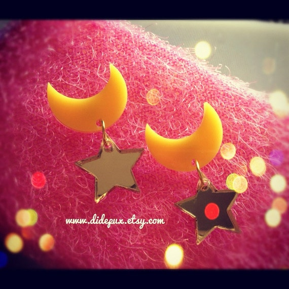 Sailor moon gold mirror and yellow laser cut earrings (