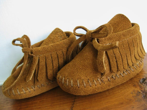 Bohemian Babe ... Vintage Infant Baby Brown Suede Leather Moccasins Shoes Booties