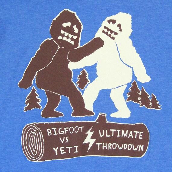 Bigfoot Vs Yeti Ultimate Throwdown Unisex Mens by ...
