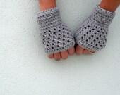 PDF Pattern - wrist warmer fingerless gloves mittens - Open Work