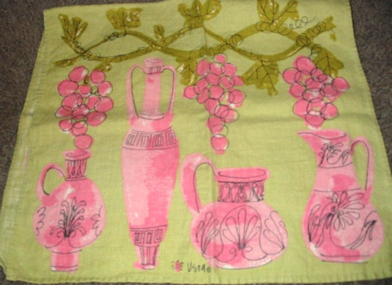 SALE....Vintage VERA 60s Green and Pink Grapes and Urns Pitchers Linen Tea Towel
