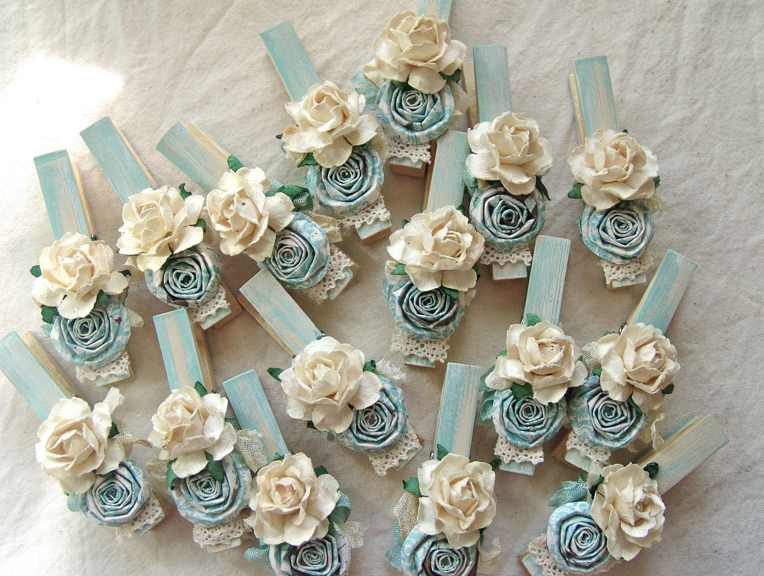 Beautiful Paper Roses Craft Ideas