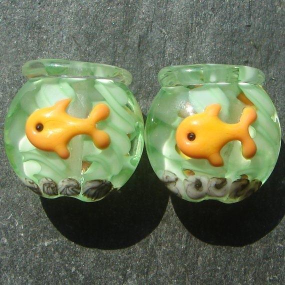 Lampwork beads 1102 Lentils (2) Fishbowl with Goldfish